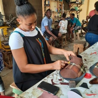 nigeria shoemaking school online_127