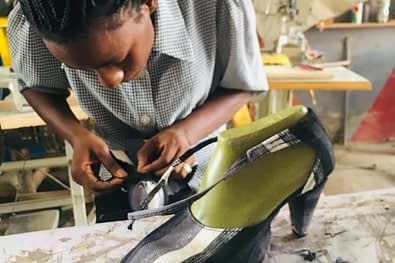 nigeria shoemaking school online_138